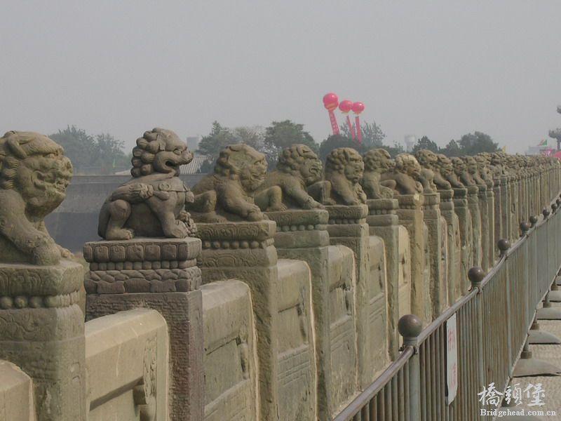 最古老的石造联拱桥.卢沟桥全长266.5米,宽7.5米,最宽处可达9.3米