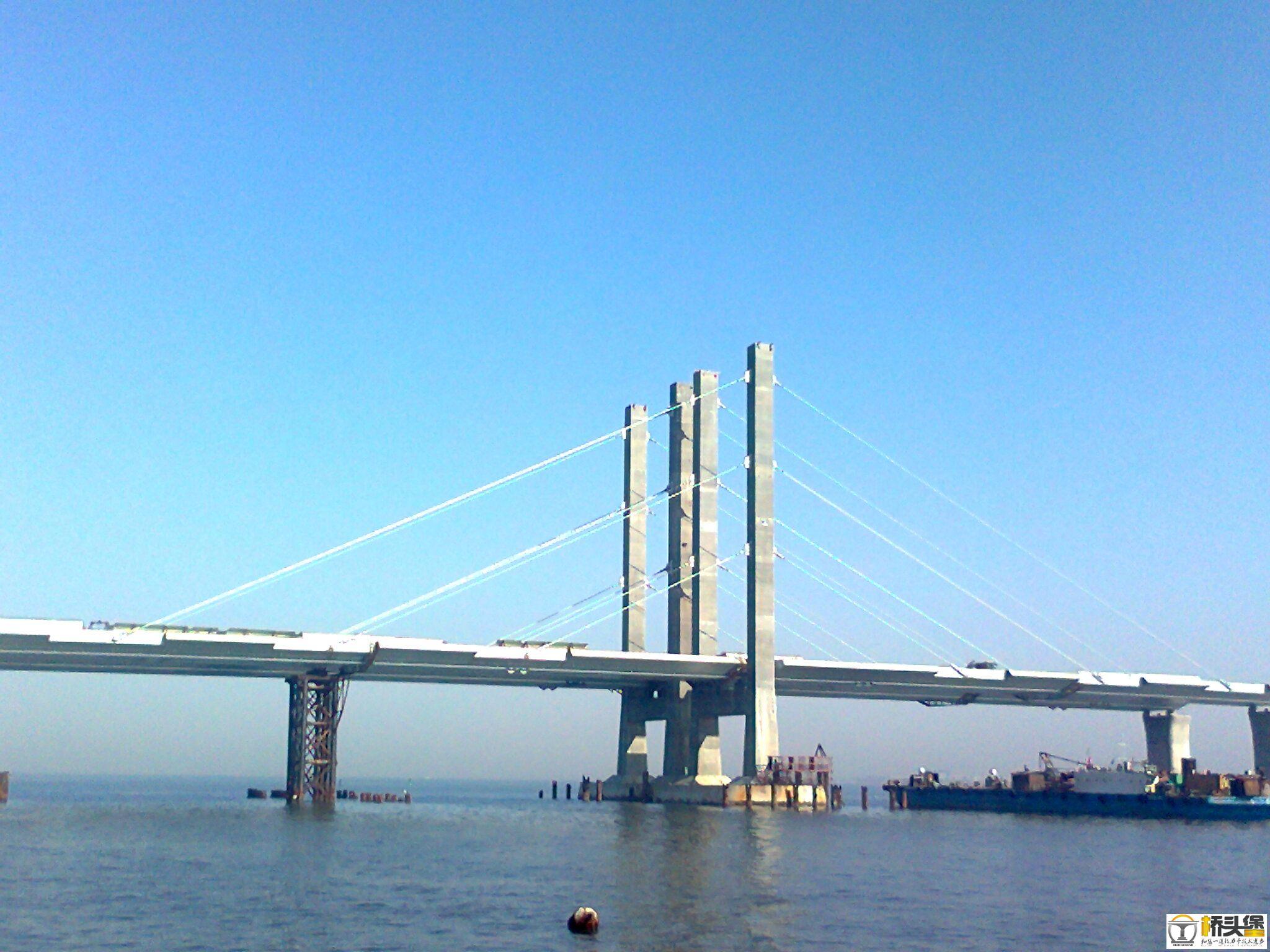 青岛海湾大桥施工图片(重发)